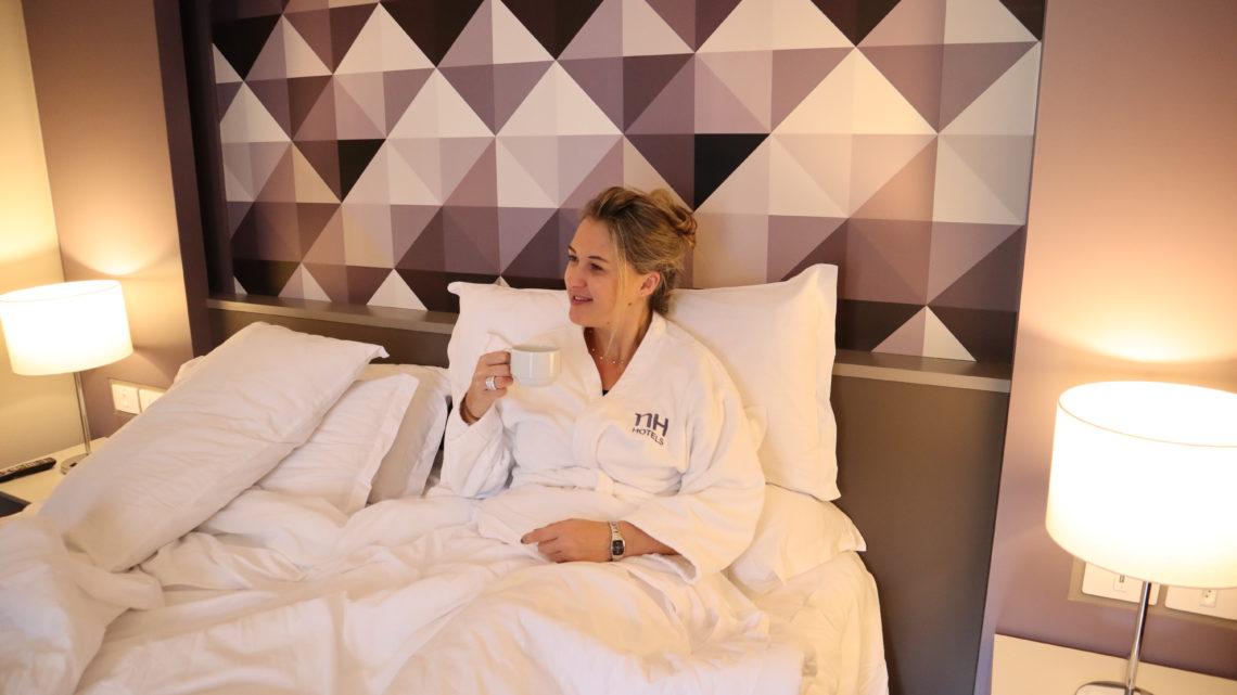 Hotel NH Curitiba The Five: Boa Localização e Conforto